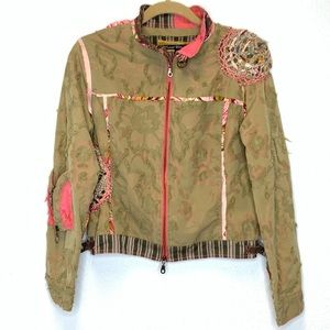 Tricot Chic Jacket in Green w/ Pink Detail Size 10